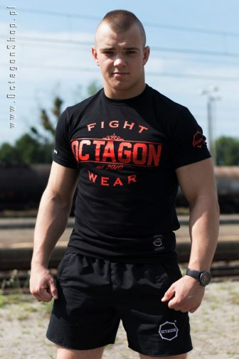 T-shirt Octagon Basic Fight Wear czarny logo czerwone